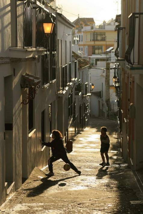 Calles de Estepona (Autor: Rafael Galán García)