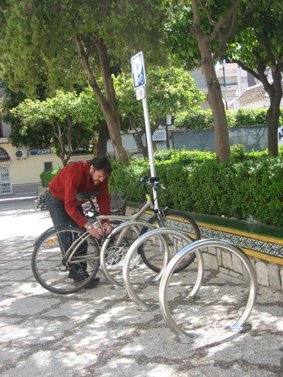 Áparcabicis en Estepona