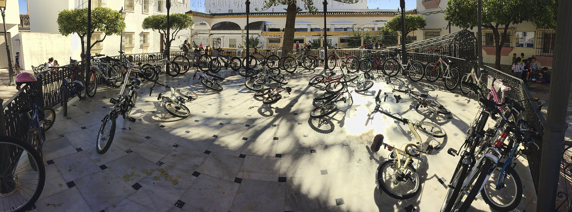Estepona, Plaza del Reloj
